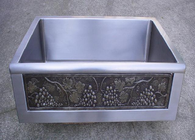 Elite Bath - Stainless Steel SFS30 Chameleon Farmhouse Kitchen Sink - Includes Art Panel